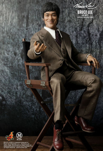 BRUCE LEE in Suit Actionfigur Icon 011 HOT TOYS 1:6 mit OVP (L)*